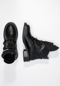 Betsy - Classic ankle boots - schwarz - 2