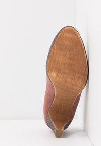 Marco Tozzi - COURT SHOE - Zapatos altos - old rose - 6
