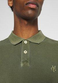 Marc O'Polo - SHORT SLEEVE BUTTON PLACKET - Polo shirt - dried herb - 5