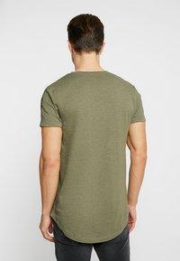 TOM TAILOR DENIM - Print T-shirt - dusty olive green - 2