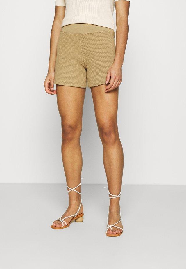 SLFMAXA - Shorts - kelp