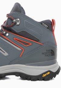The North Face - M HEDGEHOG FASTPACK II MID WP (EU) - Outdoorschoenen - asphalt grey/flare - 5