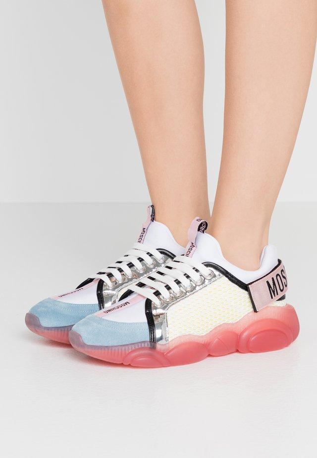 Sneakers basse - fantasy