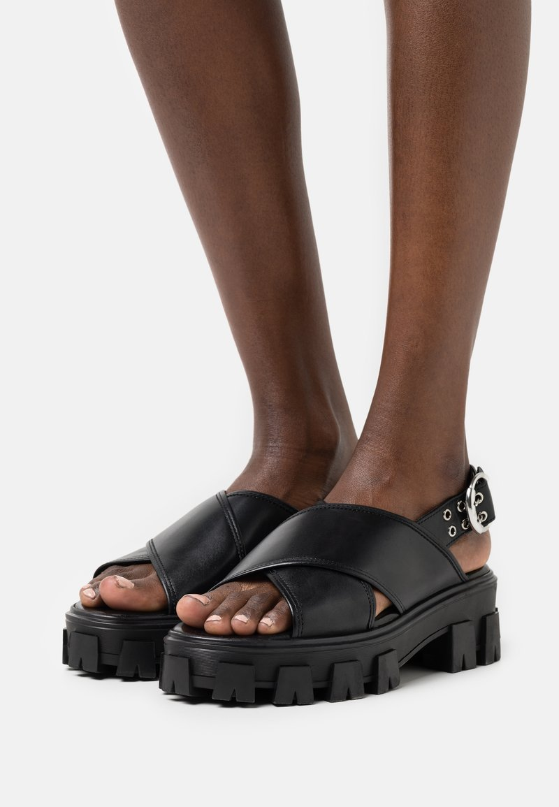 Billi Bi - Sandales à plateforme - black