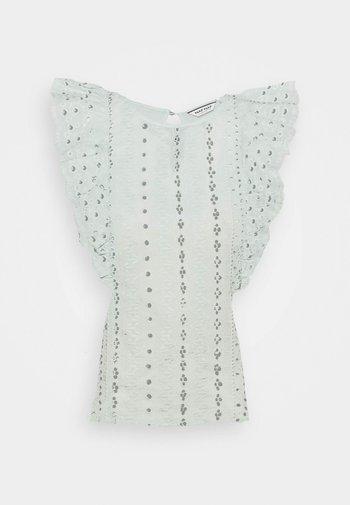 OPHILOMENE - Print T-shirt - menthe