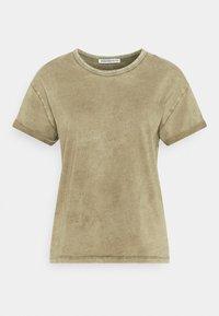 LARIMA - Basic T-shirt - grün