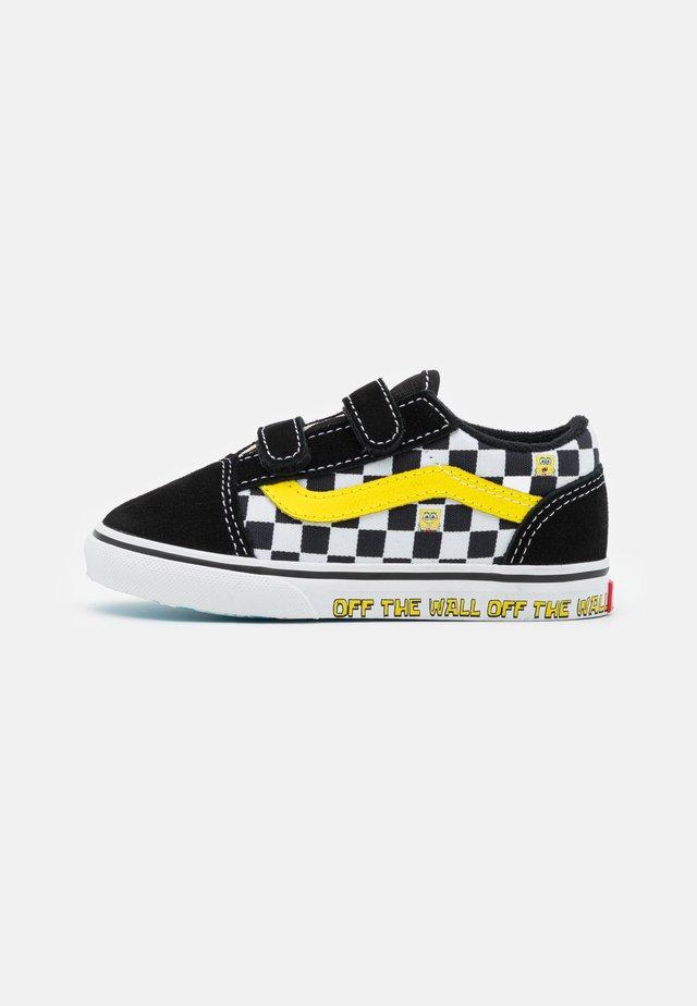 TD VANS X SPONGEBOB OLD SKOOL V UNISEX - Sneakers laag - black/white
