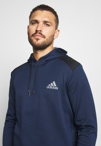 adidas Golf - SPORTS GOLF HOODED  - Fleecetröja - collegiate navy - 4
