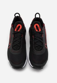 Nike Sportswear - AIR MAX 2090 UNISEX - Sneakers laag - black/chile red - 7