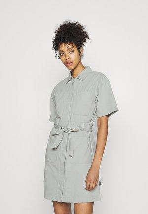 MEZ DRESS - Robe chemise - aqua grey