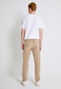 Levi's® - STD II - Kalhoty - sand/beige - 2