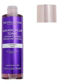 Revolution Skincare - KAKADU PLUM TONIC - Toner - - - 1