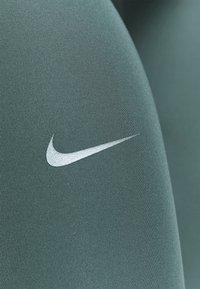Nike Performance - ONE LUXE CROP - Medias - hasta/white - 3