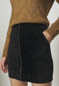 Even&Odd - CORDUROY HIGH WAISTED MINI BODYCON SKIRT - Mini skirt - black - 4