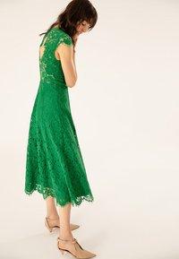 IVY & OAK - FLARED DRESS CAP SLEEVE - Occasion wear - secret garden green - 4
