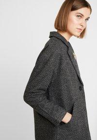 Neuw - HARLEM COAT - Classic coat - black/grey - 4