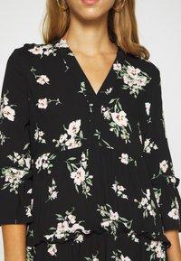 Vero Moda - VMSIMPLY EASY 3/4 WVN G - Denní šaty - black/sandy black - 5