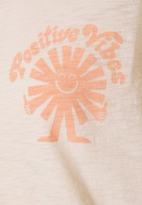 GAP - Print T-shirt - raffia - 2