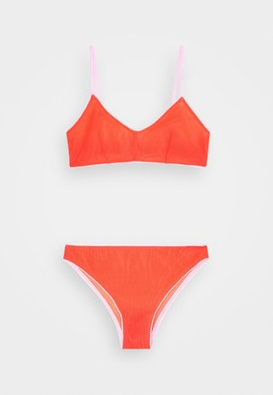 HOLLY BRALETTE BRASILIANO - Slip - candy red/strawberry milkshake