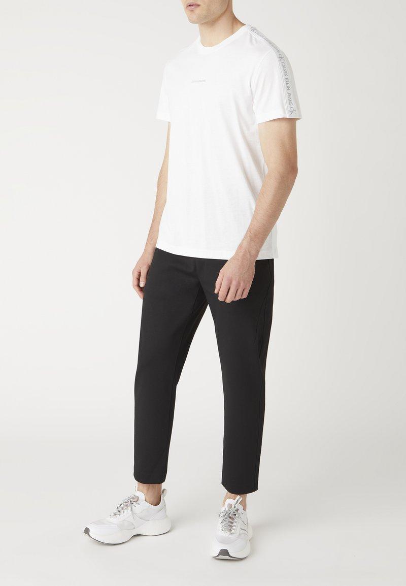 Calvin Klein Jeans - Print T-shirt - yaf