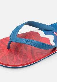 Levi's® - SOUTH BEACH UNISEX - Pool shoes - navy/red - 5