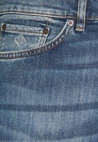 GANT - Straight leg jeans - mid blue - 2