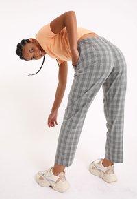 Pimkie - Kalhoty - grau - 2