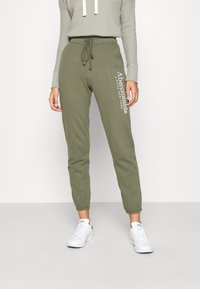 Abercrombie & Fitch - FALL TREND LOGO JOGGER - Tracksuit bottoms - olive - 0