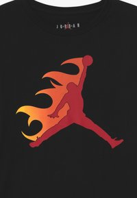 Jordan - JUMPMAN FLAME - Long sleeved top - black - 2