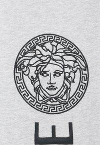 Versace - BOTTOM FELPA UNISEX - Teplákové kalhoty - grigio chiaro melange - 2