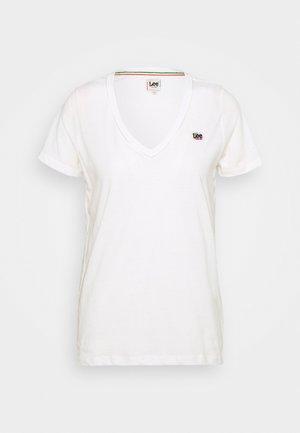 PRIDE V NECK TEE - Print T-shirt - white