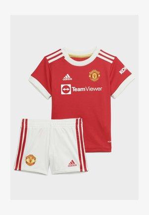 AUSRÜSTUNG - Sports shirt - red