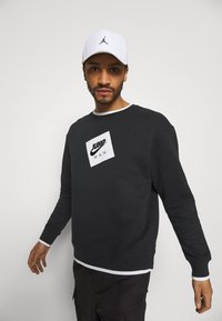 Jordan - CREW - Sweatshirt - black/white - 3