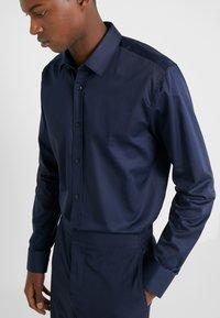 HUGO - ELISHA EXTRA SLIM FIT - Camicia elegante - navy - 4