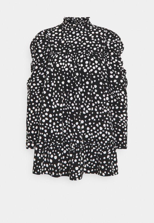 HIGH NECK PUFFSMOCK DRESS  - Vestido informal - black