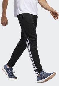 adidas Performance - RUN ASTRO 3-STRIPES TIGHTS - Tracksuit bottoms - black - 3