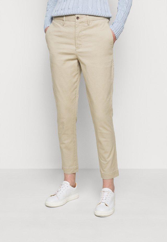 MODERN STRETCH - Pantalon classique - coastal beige