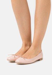 Repetto - CENDRILLON - Ballet pumps - amande - 0