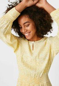 C&A Premium - Day dress - light yellow - 2