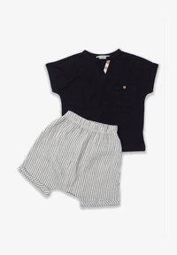 Cigit - T-SHIRT AND  MUSLIN SHORT SET - Shorts - black - 0