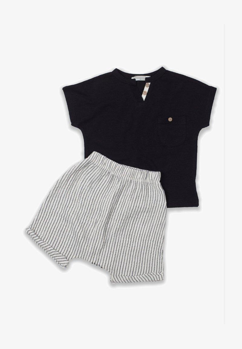 Cigit - T-SHIRT AND  MUSLIN SHORT SET - Shorts - black