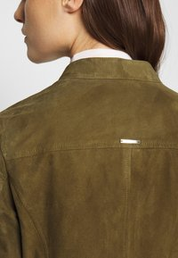 Pedro del Hierro - JACQUET - Leather jacket - green - 4