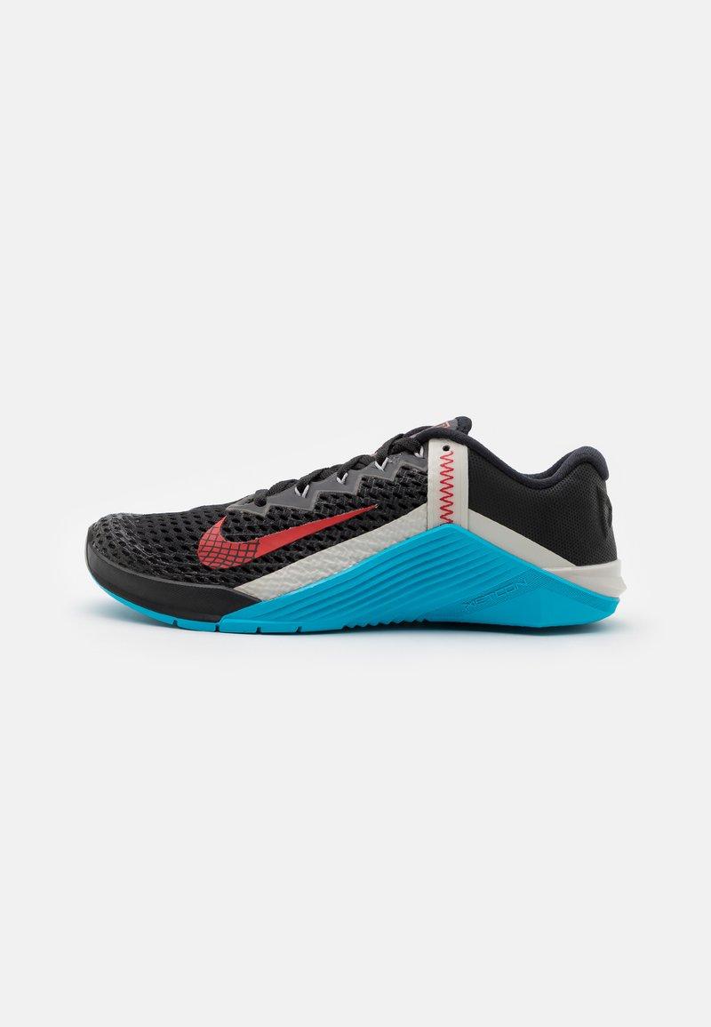 Nike Performance - METCON 6 UNISEX - Sports shoes - black/universe red/light blue fury/light bone/light smoke grey