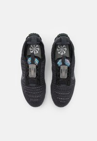Nike Sportswear - AIR VAPORMAX 2020 FK UNISEX - Trainers - black/dark grey - 3