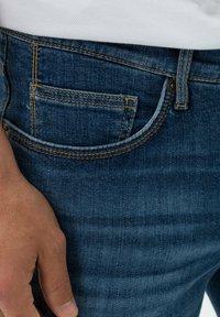 BRAX - STYLE CHRIS B - Denim shorts - authentic blue used - 3