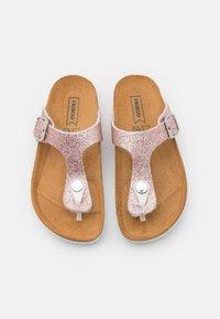 Friboo - Sandály s odděleným palcem - light pink - 3