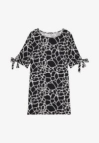 nero st.giraffa