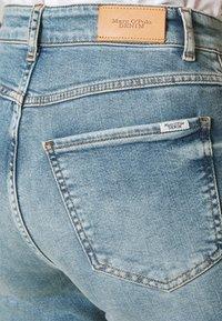 Marc O'Polo DENIM - TOERE - Jeans straight leg - reddish light blue - 4