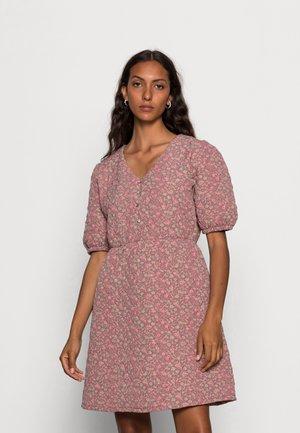 FUNIKA DRESS - Day dress - rosegarden purple