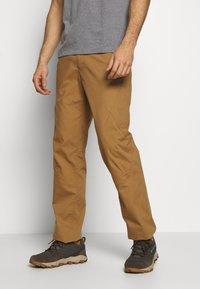 Patagonia - VENGA ROCK PANTS - Pantalon classique - coriander brown - 0